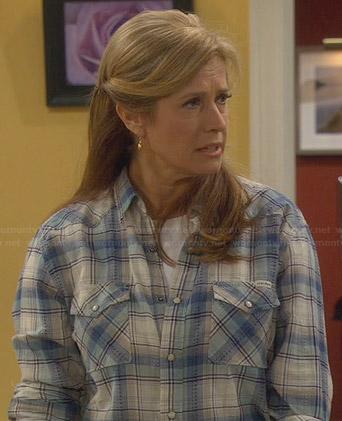 Vanessa's blue plaid shirt on Last Man Standing