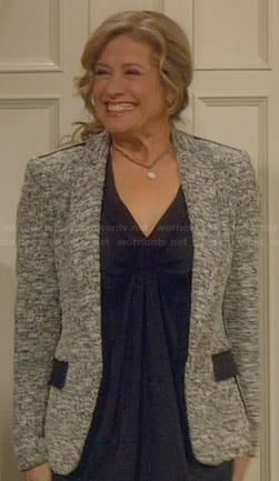 Vanessa's grey tweed jacket on Last Man Standing
