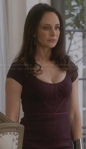 Victoria's purple cap sleeve dress on Revenge