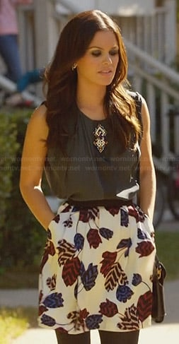 Zoe's leaf print skirt and bead detail top on Hart of Dixie