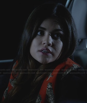 Aria's red leopard graphic print jacket on Pretty Little Liars
