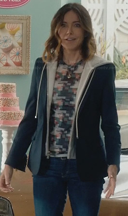 Ellie's printed top and hoodie blazer on Cougar Town