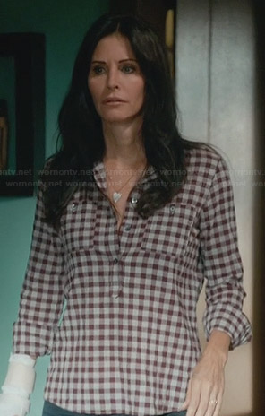 Jules's gingham checked henley shirt on Cougar Town