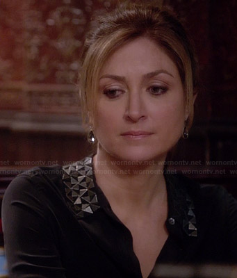 Maura's black shirt with metal collar detail on Rizzoli and Isles