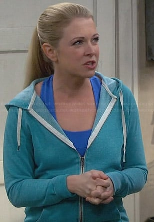 Mel's blue workout tank top on Melissa & Joey