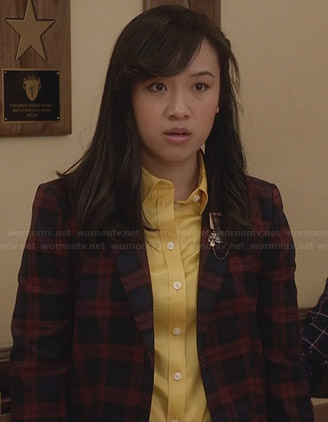 Mouse's navy and red checked blazer on The Carrie Diaries