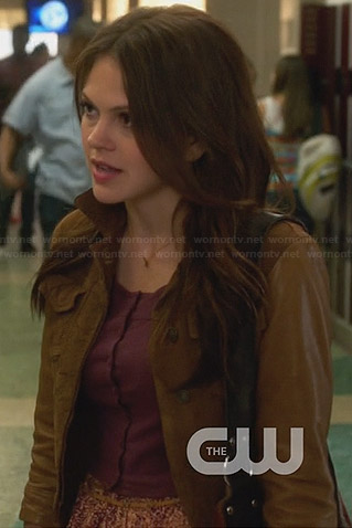 Emery's brown leather sleeve jacket on Star-Crossed