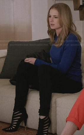 Emily's blue sweater and black cutout boots with gold tipped heel on Revenge