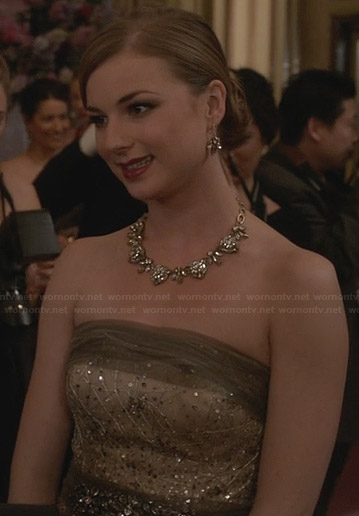 Emily's strapless champagne gown on Revenge