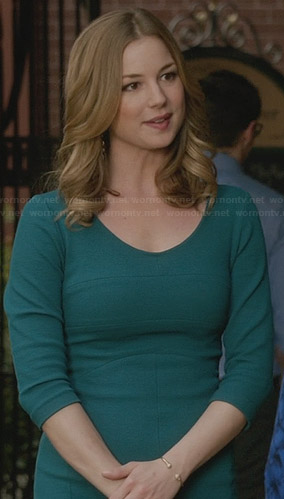 Emily's teal green three-quarter sleeve dress on Revenge