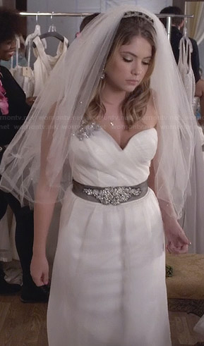 Hanna's bridal gown on PLL