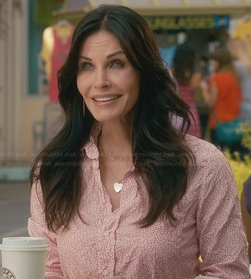 Jules's pink speckled print crinkled shirt on Cougar Town