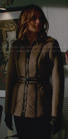Kate's tan ribbed jacket on Castle