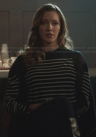 Laurel's navy mesh striped sweater on Arrow