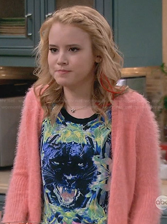 Lennox's panther graphic top on Melissa and Joey