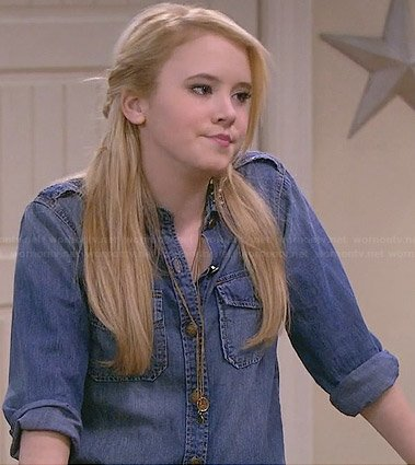 Lennox's denim shirt with studded collar on Melissa and Joey
