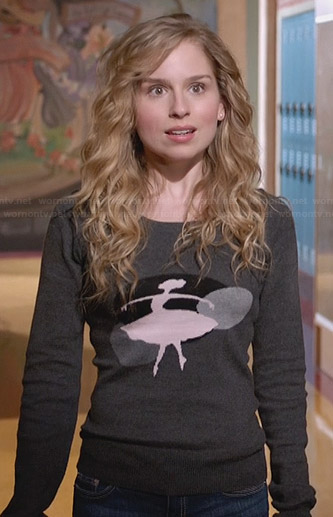 Lisa's ballerina sweater on Suburgatory