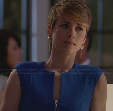 Margaux's blue zip front dress on Revenge