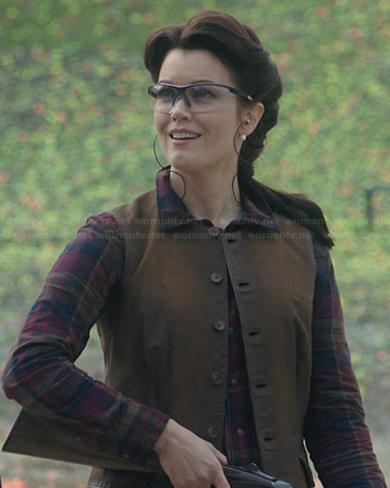 Mellie's plaid shirt on Scandal