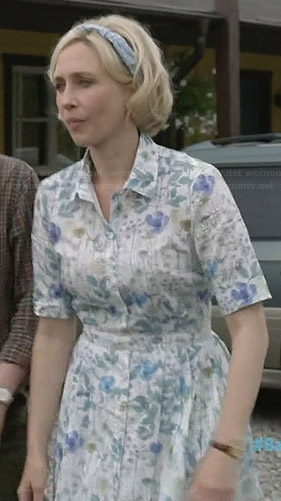Norma's white floral print shirt dress on Bates Motel
