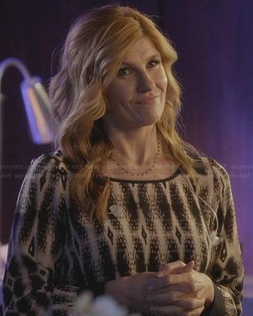 Rayna's printed long sleeve blouse on Nashville