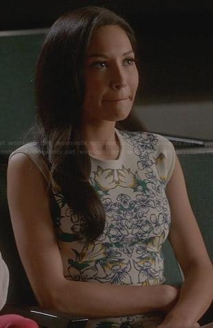 Marley's white printed dress with orange trim on Glee
