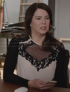 Sarah's black and white lace detail top on Parenthood