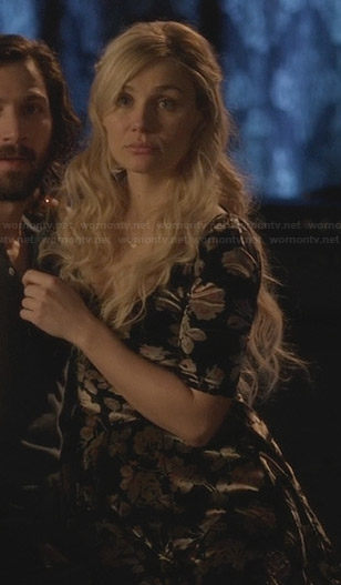 Scarlett's floral velvet dress on Nashville