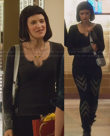 Sophia's dark grey thermal tee and chevron jeans on Star-Crossed