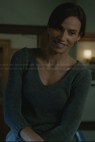 Tess's grey sweater with crochet back on BATB