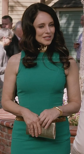 Victoria's green dress with gold beaded neck and pockets on Revenge