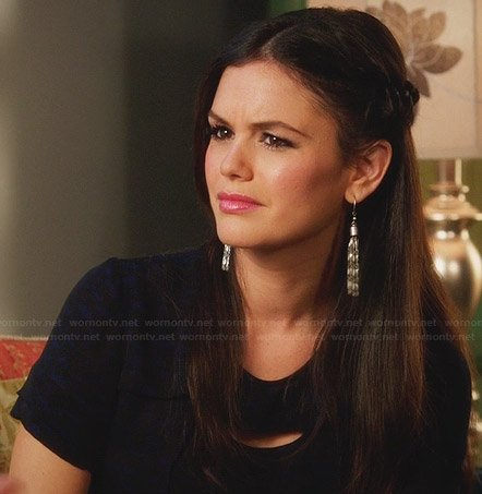 Zoe's blue and black printed cutout top on silver drop earrings on Hart Of Dixie