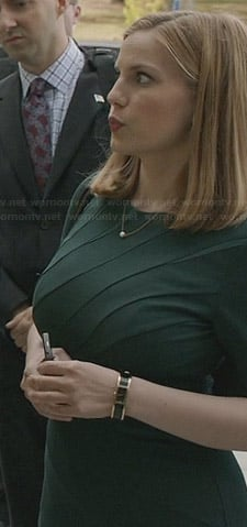 Amy's green seam detail dress on Veep