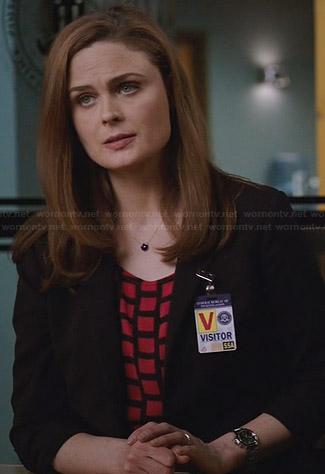 Brennan's red and black grid patterned top on Bones