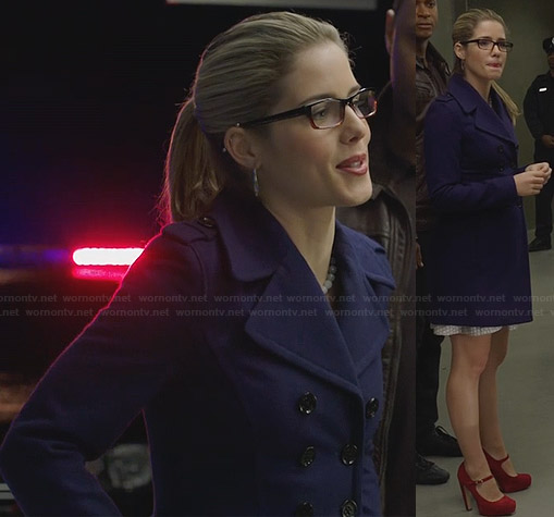 Felicity's purple coat and red mary jane heels on Arrow