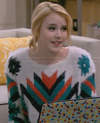 Lennox's fluffy tribal print sweater on Melissa and Joey