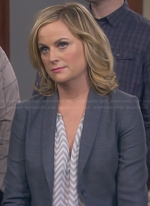 Leslie's grey and white zig zag print blouse on Parks and Recreation