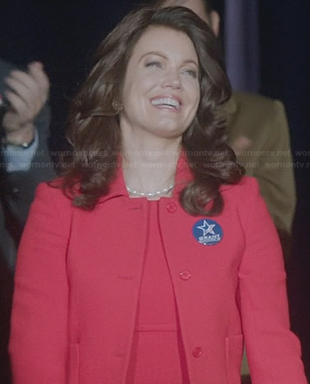 Mellie's red seamed dress and matching jacket on Scandal