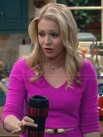 Melissa's pink v-neck sweater and bow belt on Melissa and Joey