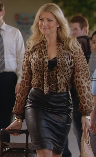 Meredith's leopard print tie front blouse and leather skirt on Bad Teacher