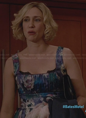 Norma's pleated watercolor print dress on Bates Motel