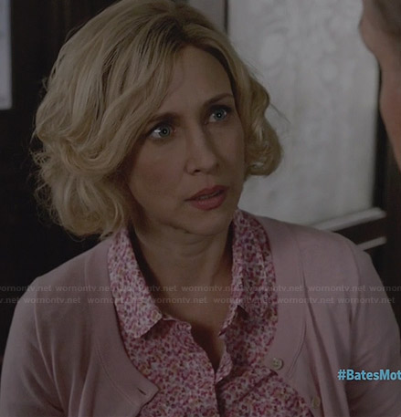 Norma's pink floral peter pan collar shirt on Bates Motel