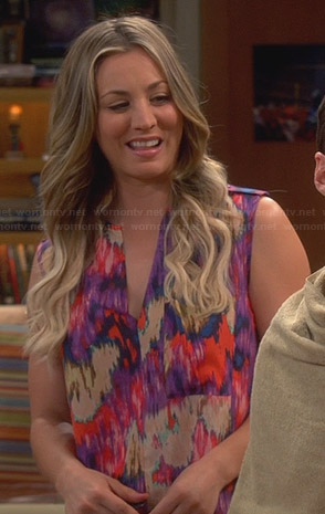 Penny's purple abstract printed split neck top on The Big Bang Theory