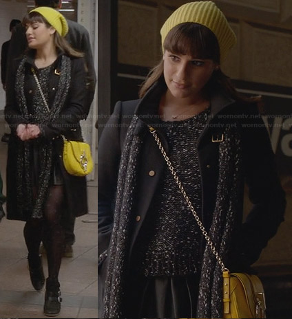 Rachel's marled knit sweater, yellow bag and ankle boots on Glee