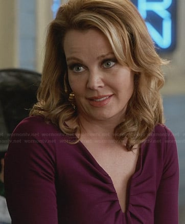 Stevie's purple ruched v-neck dress on Revenge