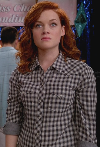 Tessa's black and white checked shirt on Suburgatory