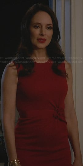 Victoria's red gathered front dress with flared hem on Revenge