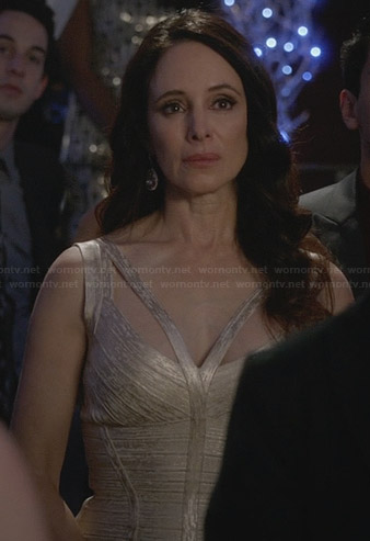 Victoria's metallic bandage dress on Revenge