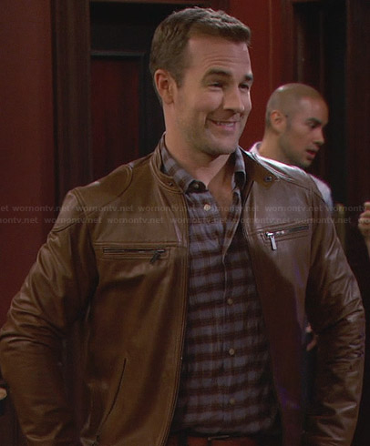 Will's tan leather jacket on Friends With Better Lives