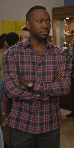 Winston's purple plaid shirt on New Girl